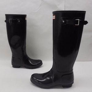 Hunter tall black gloss boots